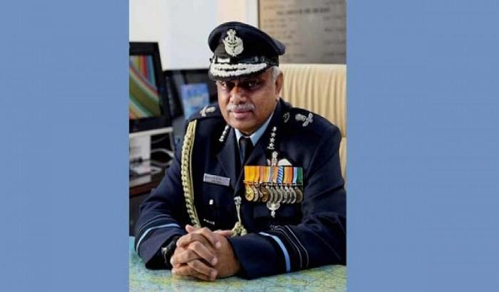 নিজেকে গুলি করলেন বিমান বাহিনীর ভাইস এয়ার মার্শাল...