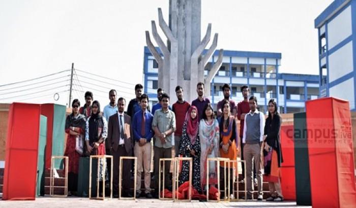 পাবিপ্রবিতে বিজয় দিবস উদযাপন উপলক্ষে ব্যস্ত শিক্ষার্থীরা