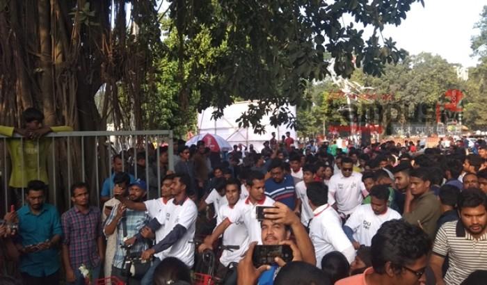 ডাকসু'র উদ্যোগে জোবাইক সার্ভিস 'ডিইউ চক্কর' উদ্বোধন