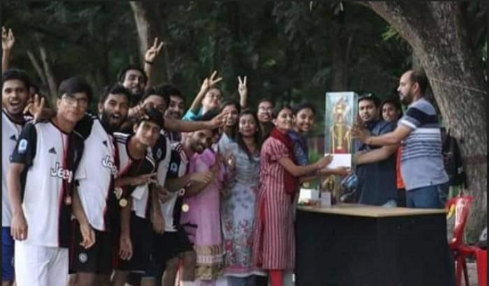 রাবি নৃবিজ্ঞান বিভাগের বর্ষাকাপ ফুটবলে চাম্পিয়ন ১৮তম ব্যাচ