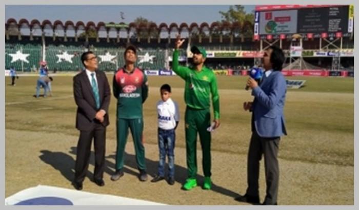 জিম্বাবুয়ের বিপক্ষে ১ম ওয়ানডে: ব্যাটিংয়ে বাংলাদেশ
