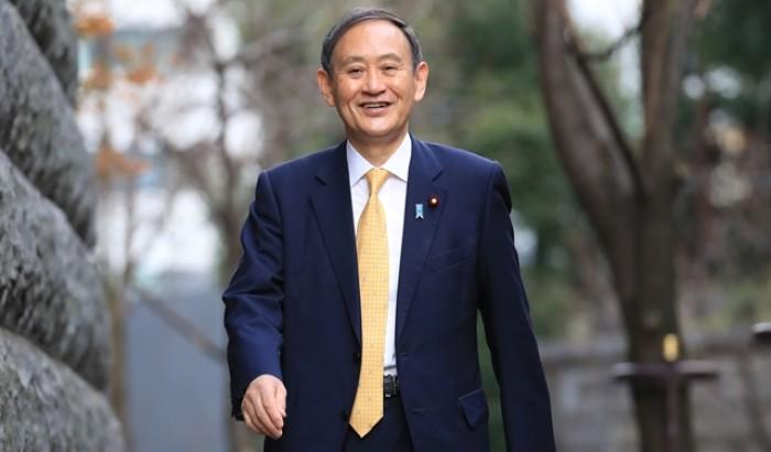 জাপানের নতুন প্রধানমন্ত্রী ইউশিহিদে সুগা