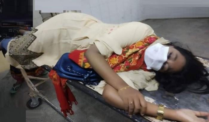 শাহ মখদুম মেডিকেল কলেজ শিক্ষার্থীদের পেটালো যে ভাবে