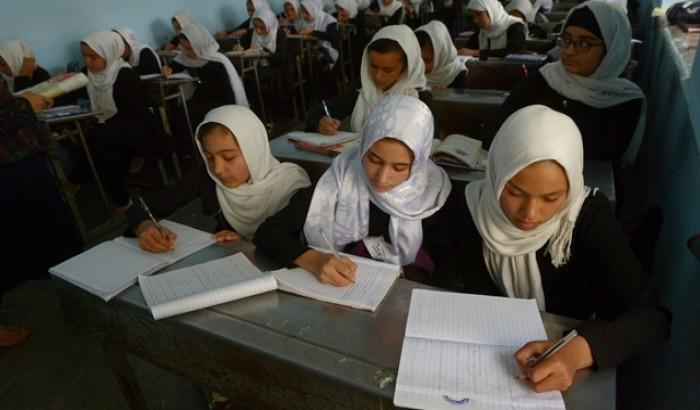 ''শিগগিরই আফগানিস্তানের মেয়েরা স্কুলে ফিরবে''