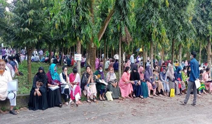 ঢাবি'র ভর্তি পরীক্ষা চট্টগ্রাম বিশ্ববিদ্যালয়ে সম্পন্ন