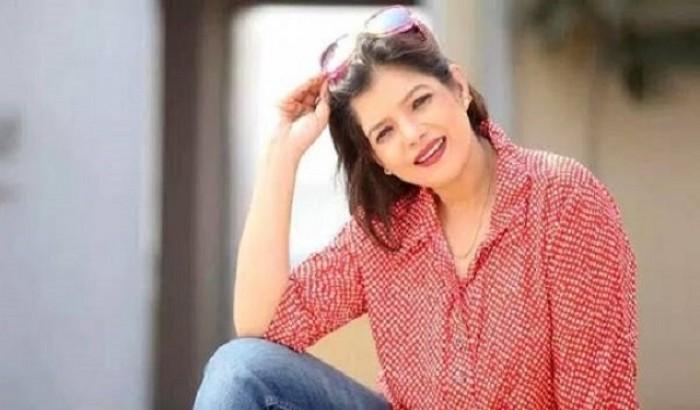খলচরিত্রে অভিনয় করলেন অভিনেত্রী রোজী সিদ্দিকী