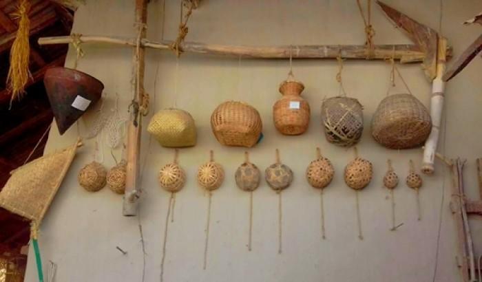 পল্লীবাড়িতে কৃষি উপকরণ