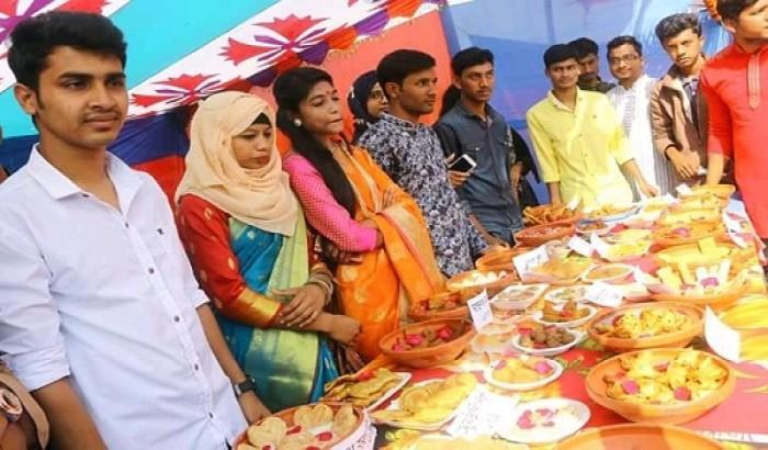 গোপালগঞ্জের বঙ্গবন্ধু শেখ মুজিবুর রহমান বিজ্ঞান ও প্রযুক্তি বিশ্ববিদ্যালয়ে  পিঠা উৎসব অনুষ্ঠিত