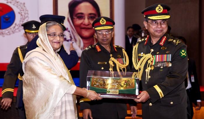 সশস্ত্র বাহিনী দিবস-২০১৭ উপলক্ষে সেনা/নৌ/বিমান বাহিনী পদক প্রদান