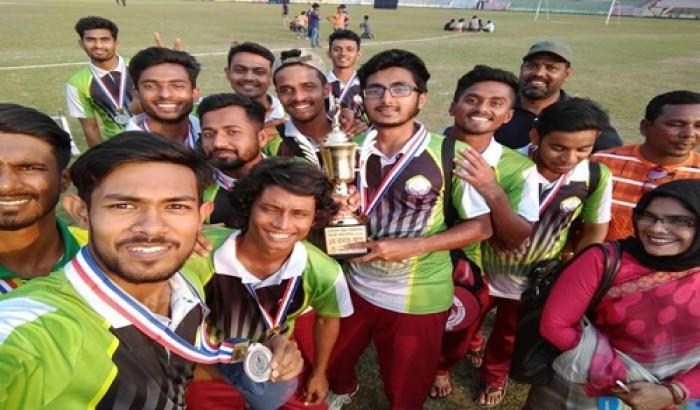 স্লেজিংয়ে শিরোপা হাতছাড়া শাবির ক্রিকেট দলের!